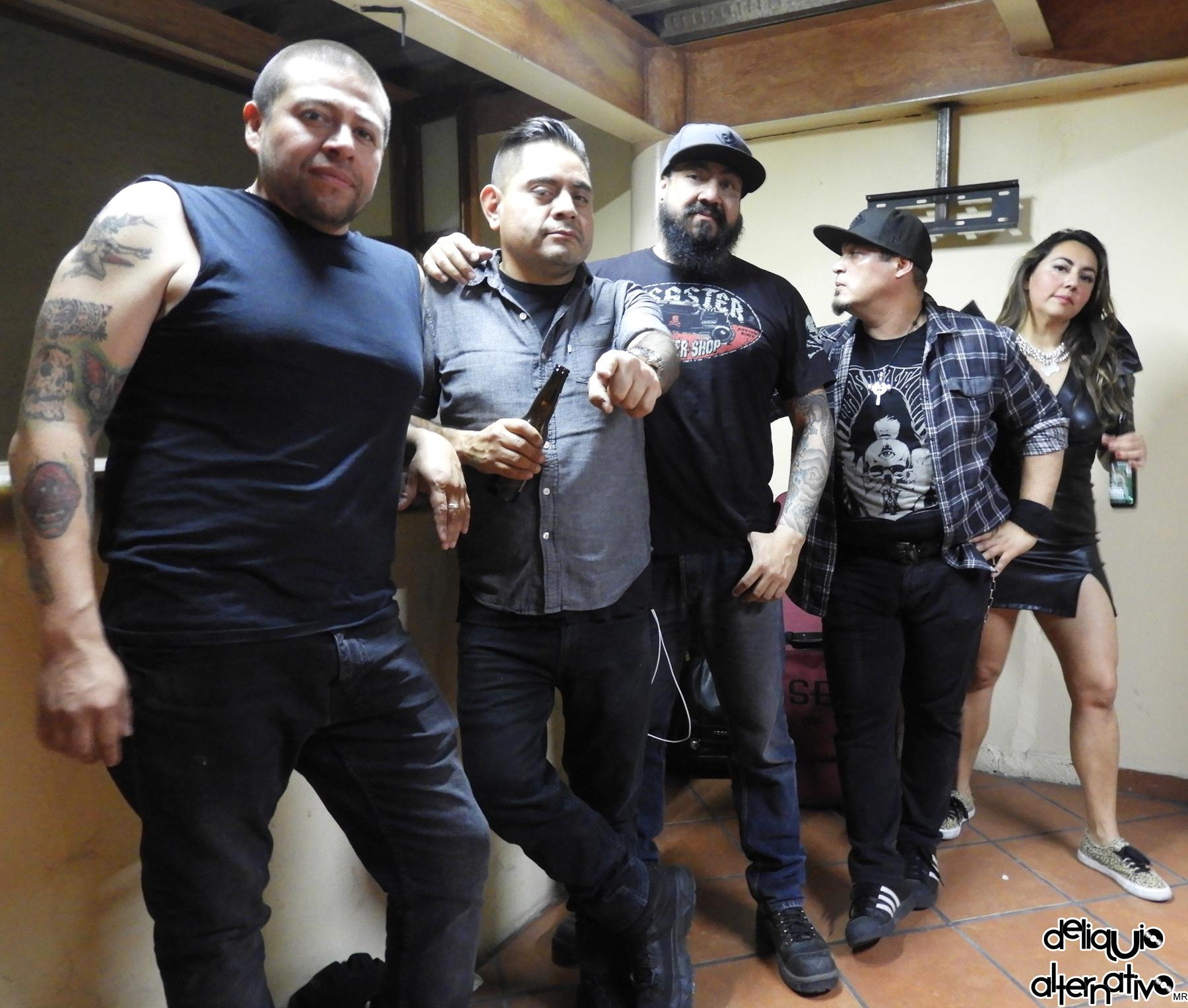 Coapa Bitch lleva su p*rno Rock a Puebla